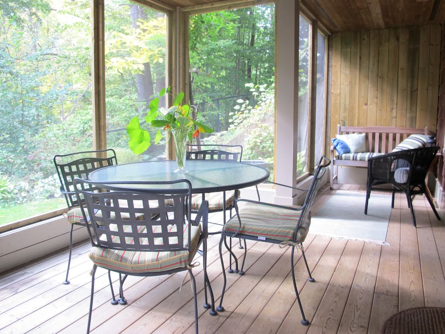How about breakfast on the porch?