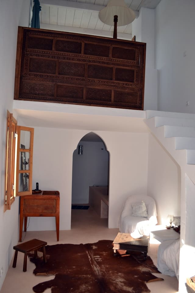 Suite Brun colonial