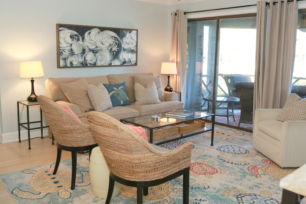 Totally renovated early 2018 with comfy, cozy, chic decor!  Relax in style and enjoy your vacation.