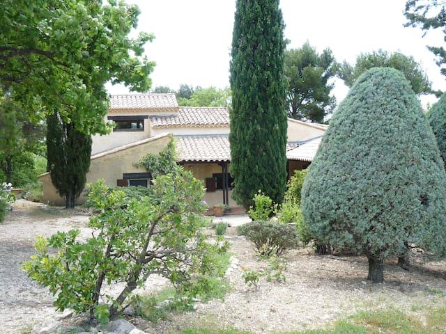 Maison en Drôme provençale piscine, vue imprenable - Piégon - House