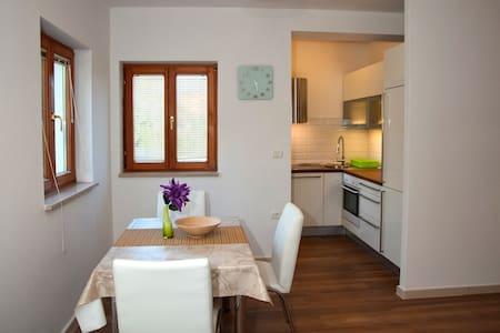 Solara -  apartment near sea - Medulin - Apartamento