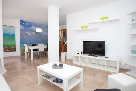 Apartment Playa Illetas, Mallorca - Пальма-де-Майорка - Квартира