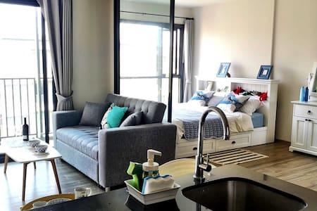 RAIN Cha-Am Condo | 7th Floor | Pool View