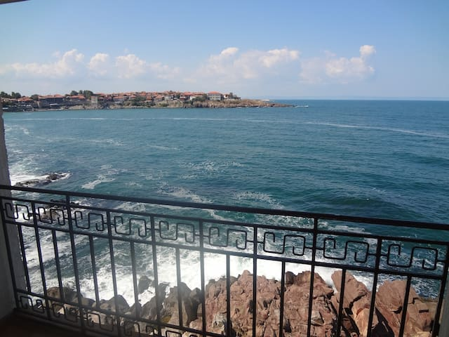 SOZOPOL unique panorama apartments
