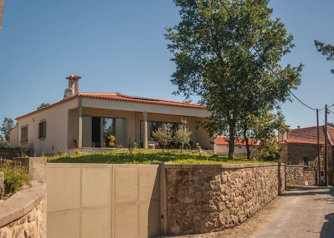 Casa Rocha - Agualonga - Villa