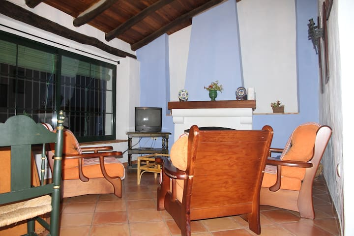 Cozy flat in Casa Dos Laureles - Fuenteheridos - Flat