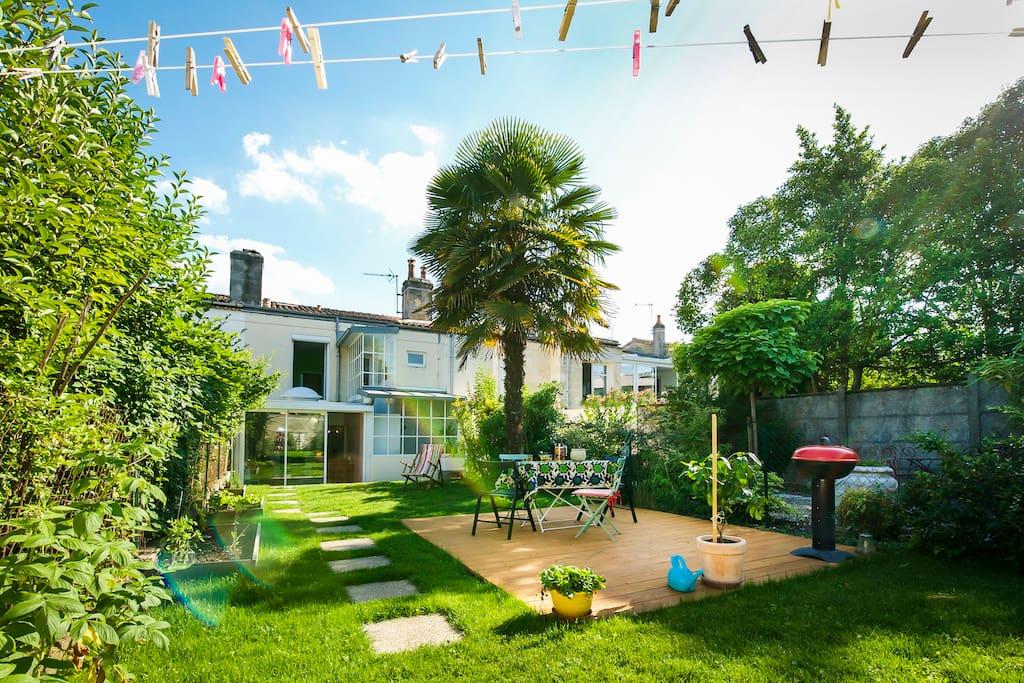 Un jardin bordeaux maisons de ville louer bordeaux aquitaine france - Maison de ville bordeaux ...