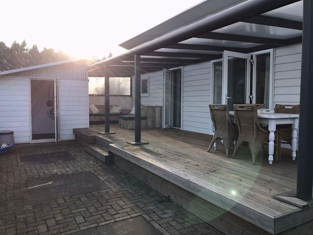 Diever,Chalet op Camping in het Drents Friese Wold