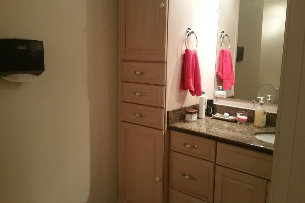 detached Bathroom