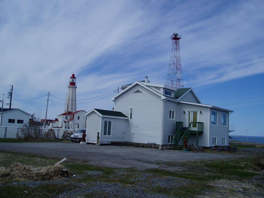 Au bord de la mer tranquillit maisons louer for Auberge de la vieille maison rimouski qc