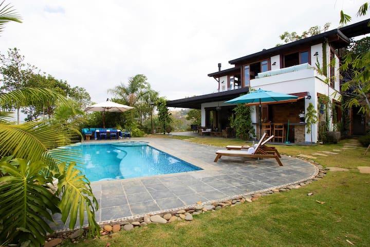 Mountain villa El Rocío