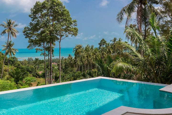 Luxury Sea View Villa in Lamai with Infinity Pool