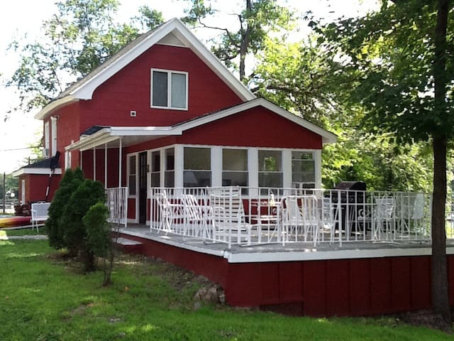 Cozy two bedroom carriage house. - Greenwood Lake - Hus