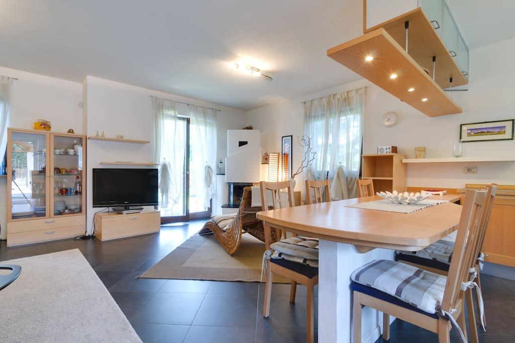 Una splendida vista su tutta la cucina ed il Living-Room