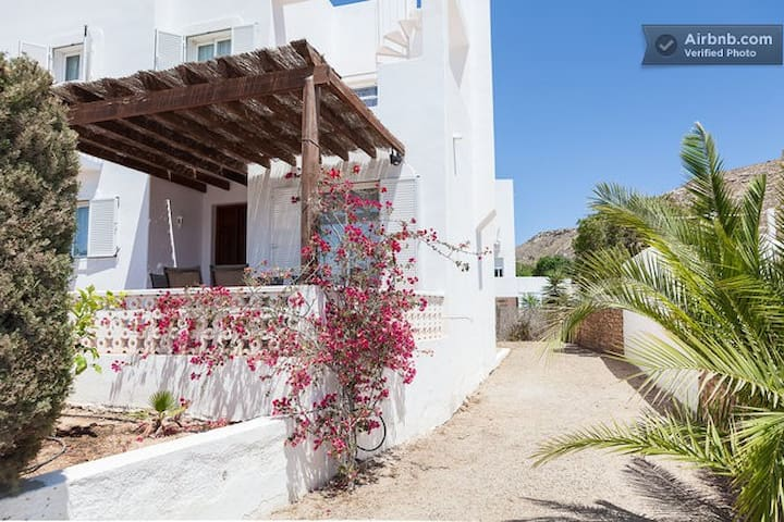 Lovely house near the sea - Agua Amarga - Casa