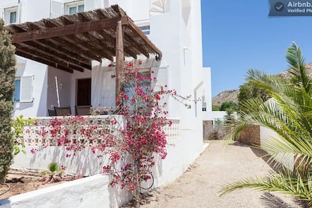 Lovely house near the sea - Agua Amarga