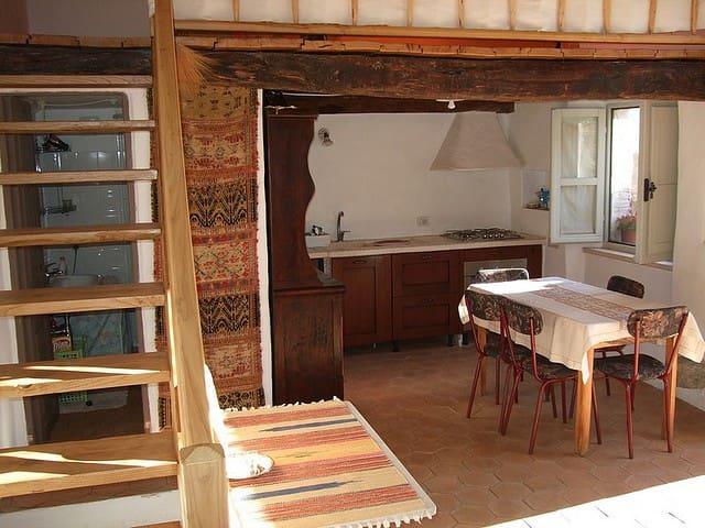 Typical sardinian house  - Galtellì - Casa