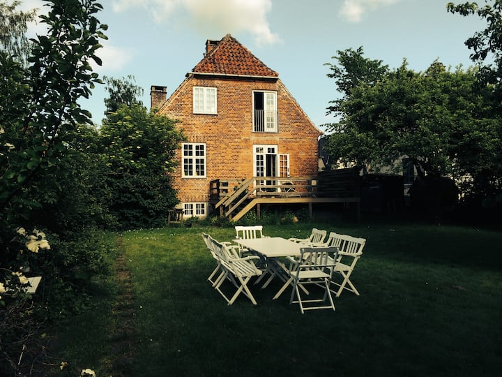 Family friendly townhouse - 7 mins from Cph center