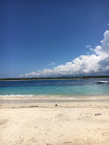 Traditional house with Seaview in gili T !