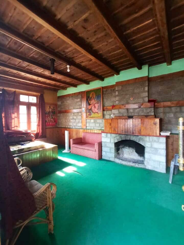 Woodcrest - Rustic work away house old Manali