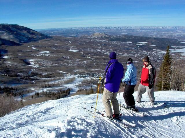 Colorado Mountain Ski resort at Powderhorn!