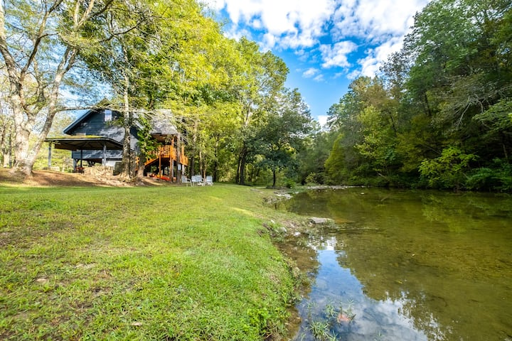 The Camphouse ~ ON Livingston Creek