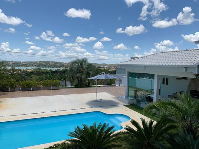 Casa em condomínio com linda vista - Lagoa Santa