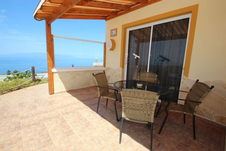 Suite Mariposa Finca Montimar Romantical canarian cottage with access to spa