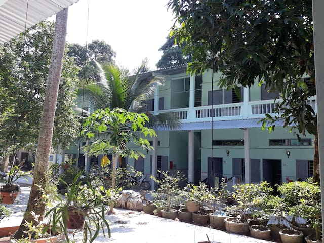 TROPIKAL  HOUSE in the Center of Phu Quoc.