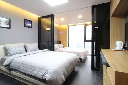 L3[DFS 100m Airport 2.4km] 2 Queen Beds Residence