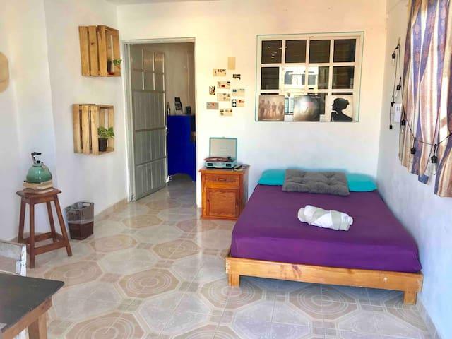 Cozy Island Home / Hogarcito isleño