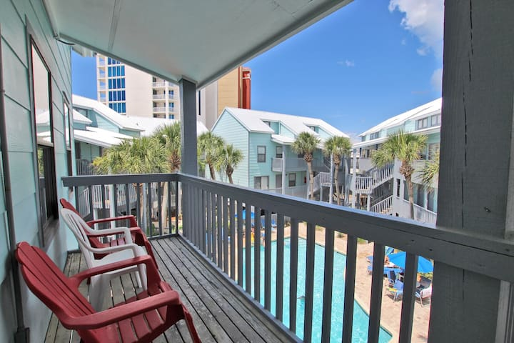 Ocean Reef 304 - Beach Front in the Heart of Town