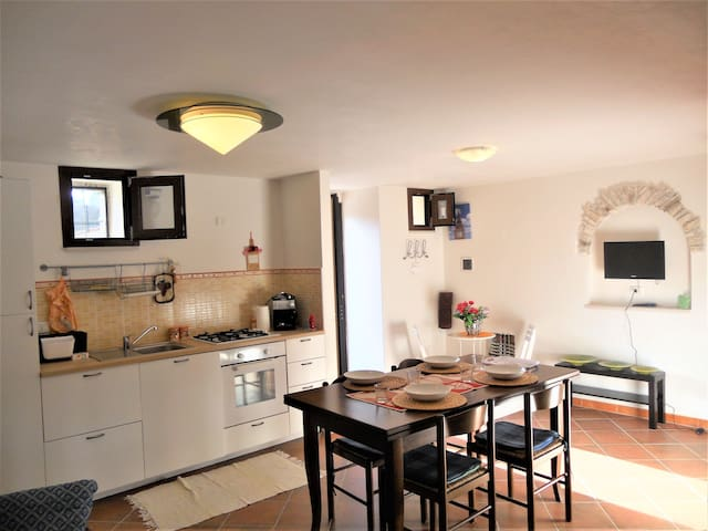 Casa maremonti  - Omnia pontus erat - Vico del Gargano - Talo