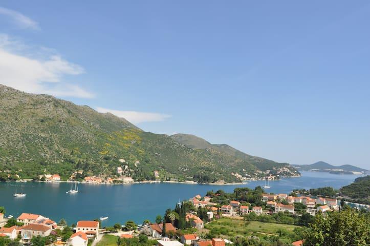Dies Dominicus Dubrovnik • Sea Cradle • Zaton Bay