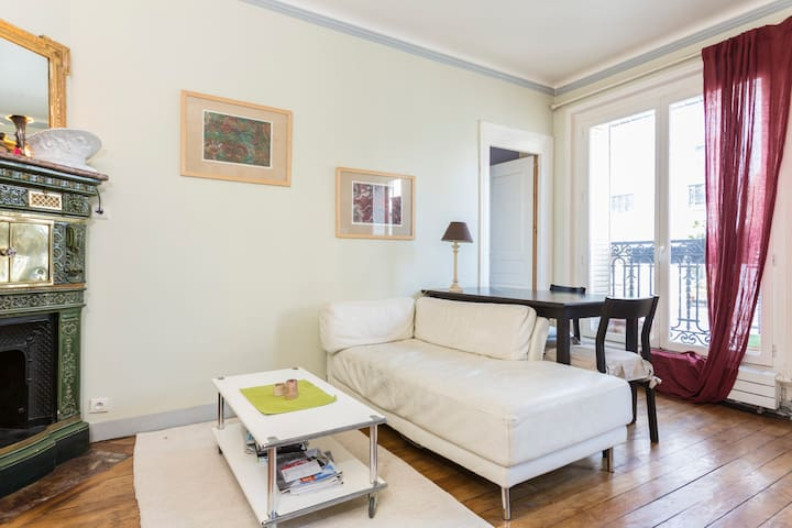 Home sweet home in Montmartre !