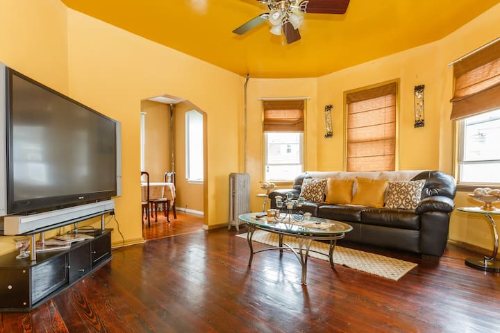 Cozy Apartment Close To NYC!!! - East Orange - Daire