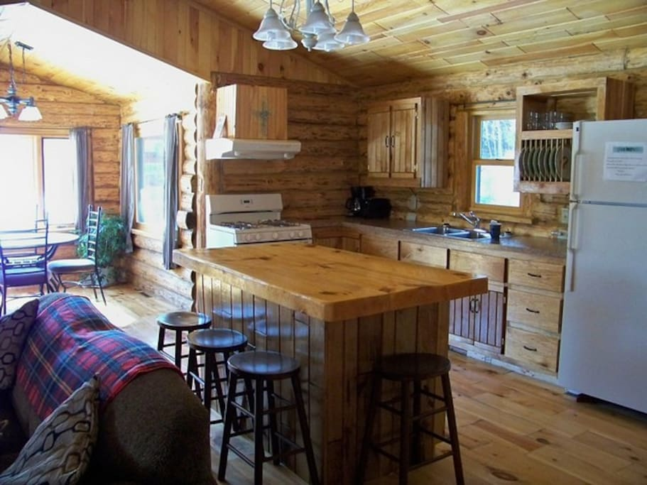 Cute northwoods cabin on a river cabins for rent in for Northwoods wisconsin cabin rentals