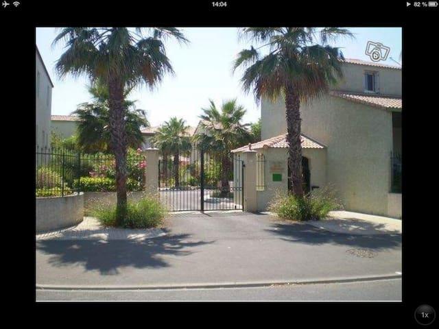 Maison dans résidence avec piscine - Valras-Plage - Casa