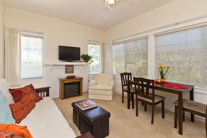 1Bd,1Ba Dwntwn!! DeLaVina Dreamin' - Santa Barbara - Apartamento