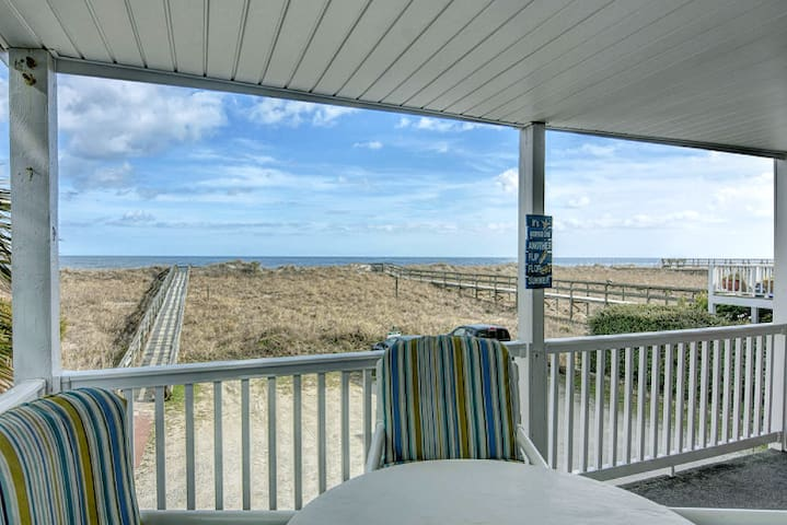 Oceanfront Condo- The Seagulls Nest - Carolina Beach - Lyxvåning