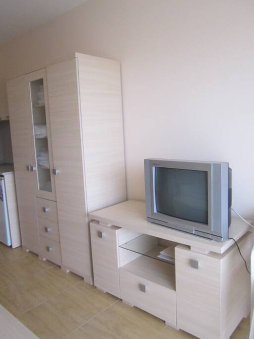 Телевизор с кабельными каналами