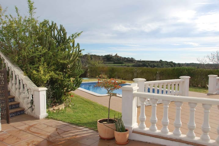Brandnew flat with pool, 6km from the beach - Tarragona, el catllar