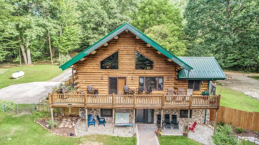 7 Arrows Lodge! ❄️ Discount for open Nov/Dec dates!