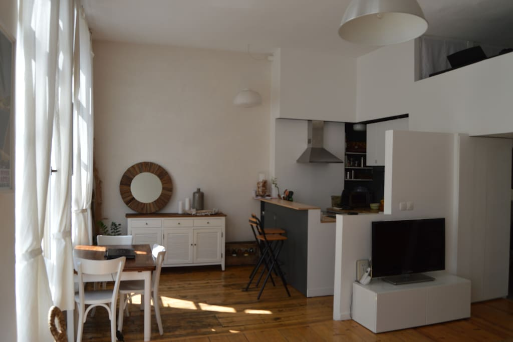 New bel appartement lyon 6 appartements louer lyon for Appartement original lyon