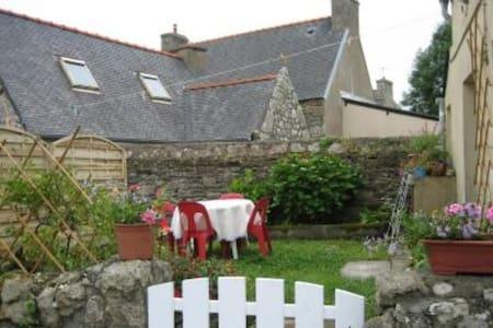Petite maison au bord de mer, région de lannion - Trédrez-Locquémeau - บ้าน