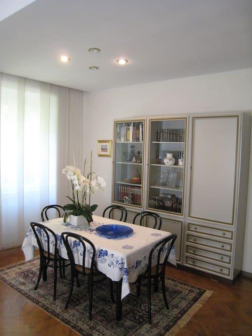 Bolzano great apartment in villa appartamenti in affitto for Appartamenti in affitto arredati a bolzano