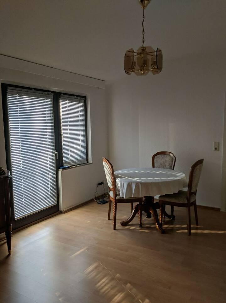 Süßes kleines Zimmer in ruhiger Lage