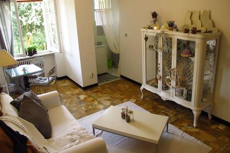 La Casa di Mia / Mia's Place - Moncalvo - Apartmen