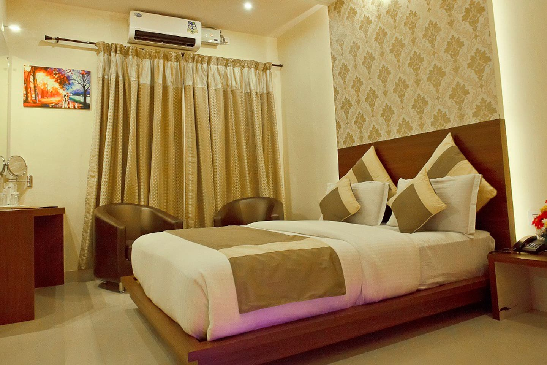 Aishwarya Suites Aishwarya Suites Mysore Bed Breakfasts For Rent In Mysore