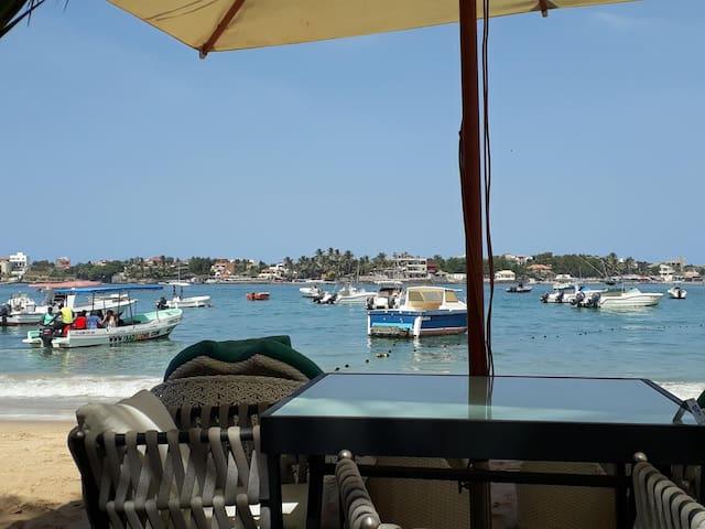 Chambre proche de la plage, quartier Ngor